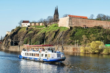 Private River Cruise with Unlimited Drinks by Vox Travel in Prague